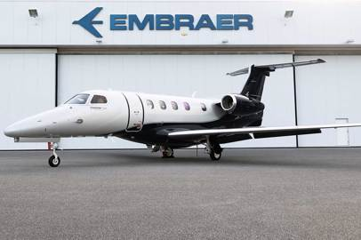 Embraer delivers first new, enhanced Phenom 300E on schedule