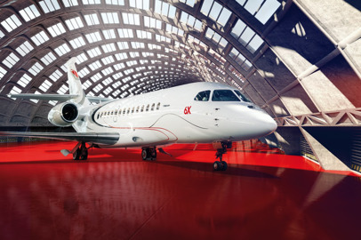 Dassault to Highlight Falcon 8X, 900LX Trijets at Dubai