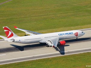 Czech Airlines - Avion Tourism