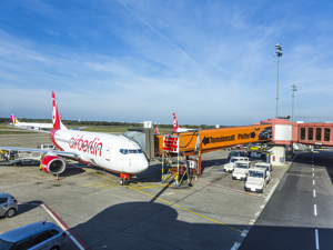 Berlin Tegel  - Avion Tourism